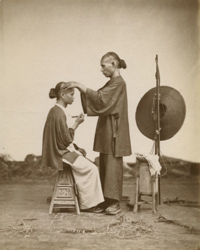 John Thomson. Itinerant Barbers, China.